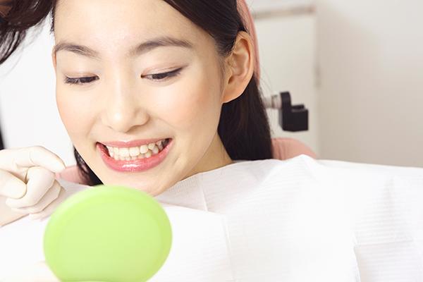 銀歯が気になる方へ【セラミック治療】